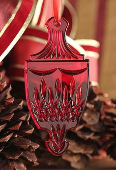 Waterford Jim O'Leary Lismore Celebration Red 2012 Ornament