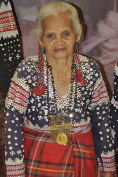 Tribal Community, Philippines Culture, Filipiniana, Filipino, Christmas Sweaters, Faces, Costumes, People, Life