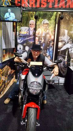 International Motorcycle Show Long Beach 11/14-15/14 SoCal Christian Motorcyclists Association Booth
