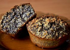 Zdravé a vláčné makové muffiny recept - TopRecepty.cz Apple Recipes, Raw Food Recipes, Sweet Recipes, Baking Recipes, Cake Recipes, Healthy Cake, Healthy Sweets, Healthy Baking, Czech Recipes