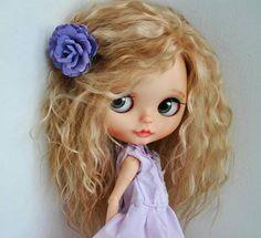 Michelle. OOAK vlastní Blythe panenka umění