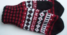 Wool Socks, Knit Mittens, Knitted Gloves, Knitting Socks, Fingerless Gloves, Drops Design, Knit Crochet, Knitting Patterns, Sewing