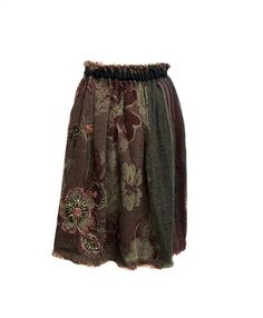 As Know As (collection: de Base) red skirt  Coloured skirt with removable underskirt, it's possible to wear in many way with the prefer part always stand out    Composition: 100% wool Underskirt: 50% acrylic 50% polyester
