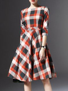 Pockets Plaid Big Hem Midi Dress