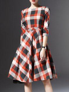 Pockets Plaid Big Hem Midi Dress