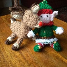 Christmas Tree, Reindeer and Elf Knitting pattern by Knitables Cable Knit Blankets, Knitted Blankets, Knitted Throw Patterns, Knitting Patterns, How To Start Knitting, Double Knitting, Festival Decorations, Christmas Tree Decorations, Crochet Fall
