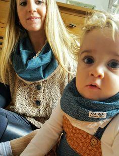Bebe y mamá coordinados con cuellos LAPÁN LAPÁN www.lapanlapan.es