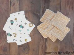 Un lot de 10 lingettes 1010 pour votre bébé : cest économique écofriend Christmas Stockings, Couture, Holiday Decor, Home Decor, Needlepoint Christmas Stockings, Decoration Home, Room Decor, Christmas Leggings, Haute Couture