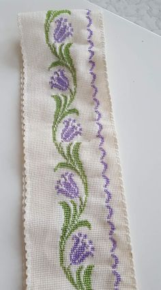 This Pin was discovered by Dud Cross Stitch Boarders, Cross Stitch Patterns, Beaded Embroidery, Cross Stitch Embroidery, Painting Corner, Baby Dress, Crochet, Knitting, Diana