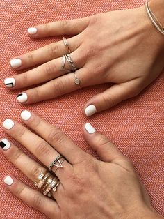 If you're stuck in a manicurerut, switch things up this week with these 2 easy-to-execute minimal nail art looks. We visited Beverly Hills-based nail salon Olive and June to learn a few things about the art of geometric shapes.