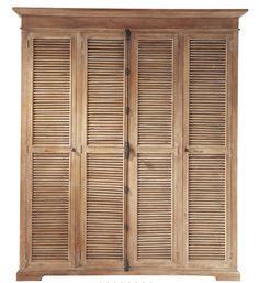 Fer les portes del armari del dormitori laminades, potser en blanc...