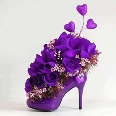 So pretty for a purple wedding reception centerpiece or your bridesmaid party. But really sort of fun too. :) Waxflowers mixed with purple silk flowers) Purple Love, Purple Shoes, All Things Purple, Shades Of Purple, Deep Purple, Purple Flowers, Pink Purple, Purple Stuff, 50 Shades
