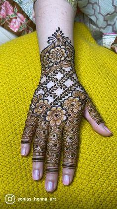 Somple intricate henna design video on how to do create this heavy party henna deaign #mehndi #mehndidesign #torontowedding #torontohennaartist #weddingideas #weddingdesign #torontoart Mehndi Designs Front Hand, Floral Henna Designs, Latest Henna Designs, Henna Tattoo Designs Simple, Finger Henna Designs, Stylish Mehndi Designs, Mehndi Designs Book, Bridal Henna Designs, Mehndi Designs For Girls