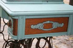 Detail of the updated sewing machine. Used MMs milk paint, and left some of the wood untouched. Old Sewing Machines, French Country House, Milk Paint, Natural Materials, Stone, Detail, Wood, Projects, Painting