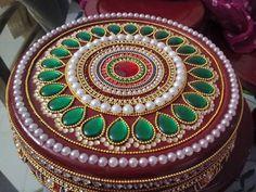 big round box decorations