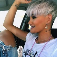 Today we have the most stylish 86 Cute Short Pixie Haircuts. We claim that you have never seen such elegant and eye-catching short hairstyles before. Pixie haircut, of course, offers a lot of options for the hair of the ladies'… Continue Reading → Short Cropped Hair, Funky Short Hair, Super Short Hair, Short Grey Hair, Short Hair Cuts For Women, Black Hair, Short Pixie Haircuts, Cute Hairstyles For Short Hair, Pixie Hairstyles