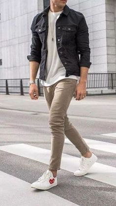 Mens casual outfits - 26 cool men's casual fashion style 12 – Mens casual outfits Best Casual Outfits, Stylish Mens Outfits, Casual Wear For Men, Casual Shirt, Mens Casual Jackets, Stylish Clothes For Men, Winter Outfits Men, Casual Blazer, Men Clothes