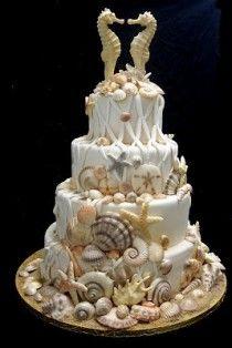 Cakes @Hollie Baker A L E Y |  V A N  |  L I E W Reichard