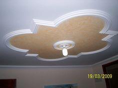 Diseños de tabla yeso para techos - Imagui Plaster Ceiling Design, House Ceiling Design, Ceiling Tiles, Ceiling Decor, Wall Design, Ceiling Lights, Pop Design For Roof, Indian House Plans, Bungalow House Design
