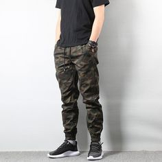 American Street Style Fashion Men's Jeans Jogger Pants Camouflage Cargo Pants Men Military Army Pants Homme Hip Hop Jeans - Men's style, accessories, mens fashion trends 2020 Camouflage Cargo Pants, Cargo Pants Men, Mens Joggers, Women Pants, Camouflage Pants, Men Shorts, Jeans Material, American Street Fashion, Street Fashion Men