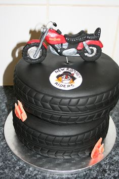 how to make a sugarpaste motorbike