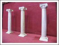 Colonne Impero 800 Capitelli Marmo Travertino San Pietro. Antiquariato su Arsantik