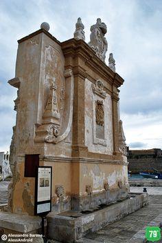 Fontana greca #Gallipoli #Salento #Puglia #Italia #Italy #Viaggiare #Travel #AlwaysOnTheRoad #Holiday #Sea #Mare #Sun #Sole #Vacanze #Beach #Spiagge