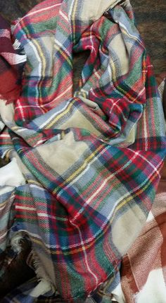 HUGE PLAID BLANKET SCARVES TO TIE UP ON YOUR WAIST, WEAR AROUND YOUR NECK, OR WEAR AROUND YOUR SHOULDERS. A MUST HAVE THIS FALL/WINTER.