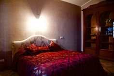 This is how a #bedroom can look like in #Tuscany , #Italy