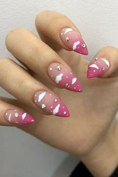 The Best Wedding Nails 2019 Trends ★ wedding nails 2019 nude pink gradient with clouds and rhinestones anmaisama Summer Acrylic Nails, Cute Acrylic Nails, Gel Nails, Nail Nail, Coffin Nails, Cute Pink Nails, Pink Manicure, Fancy Nails, Nail Swag
