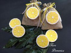 Χειροποίητα σαπουνάκια λεμόνια Έξτρα αρωματικό σαπουνάκι λεμόνι για μπομπονιέρες βάπτισης ή αναμνηστικά δωράκια. Διαθέσιμο σε ότι χρώμα και άρωμα επιλέξετε. Special Events