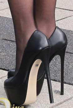 stiletto heels and hose images Extreme High Heels, Platform High Heels, Black High Heels, High Heel Boots, Heeled Boots, Black Platform, Pantyhose Heels, Stockings Heels, Pumps Heels