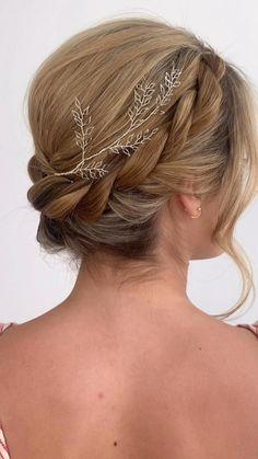 Wedding Hairstyles For Long Hair, Wedding Hair And Makeup, Wedding Hair In A Bun, Hair Up Styles Wedding, Outdoor Wedding Hair, Whimsical Wedding Hair, Crown Braid Wedding, Short Bridal Hair, Vintage Bridal Hair