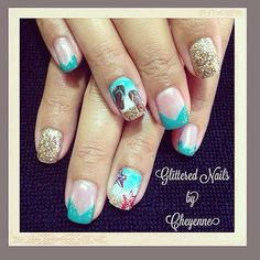 Beach nails #gel #moyou #french #summernails #glitterednailsbycheyenne