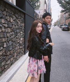 Ulzzang Couple, Ulzzang Girl, Army Boyfriend, Kpop Couples, Chinese Style, Chinese Fashion, Korean Couple, Fashion Couple, Interesting Faces