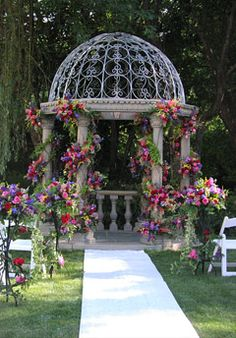 The pergola kits are the easiest and quickest way to build a garden pergola. There are lots of do it yourself pergola kits available to you so that anyone could easily put them together to construct a new structure at their backyard. Small Gazebo, Screened Gazebo, Gazebo Pergola, Steel Pergola, Garden Gazebo, Covered Pergola, Pergola Shade, Pergola Plans, Pergola Kits