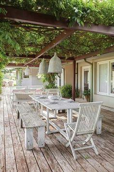 Schöne Terrasse mit Pergola - ideal für den Sommer. #patio #summer #summers ... #ideal #patio #pergola #schone #sommer #summer #terrasse