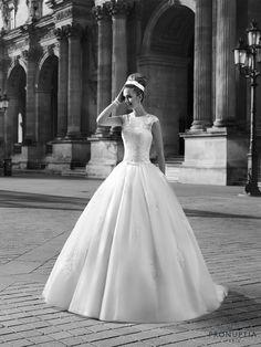 Champerret, collection de robes de mariée - Pronuptia