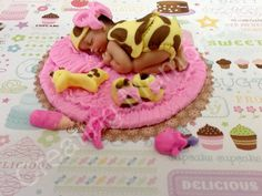 Baby Girl Giraffe Outfit  Fondant Cake Topper by anafeke on Etsy, $17.00