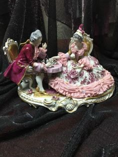 VOLKSTEDT-German-Dresden-Porcelain-Couple-Playing-Chess-Large-Figurine Dresden Dolls, Dresden Porcelain, Pretty Woman, Art Dolls, Birthday Candles, Auction, Antiques, Lady, Chess