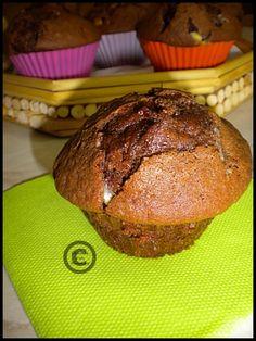 Muffin au chocolat et aux pépites de chocolat blanc