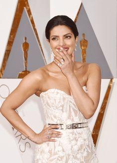 Pin for Later: Les 43 Meilleures Photos de la Soirée des Oscars Priyanka Chopra