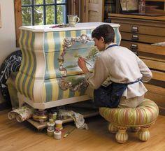 A MacKenzie-Child Artist hard at work