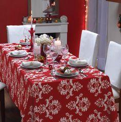 Mesa de navidad en rojo.  #Deco #Hogar #DIY #Navidad. mantel especial para compartir la mesa navideña en familia