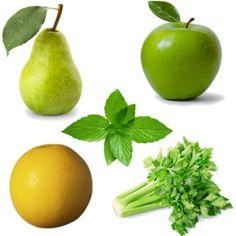 Centrifugato AntiCellulite | 1 mela, 1 pera, mezzo pompelmo, 2 gambi di sedano, qualche fogliolina di menta