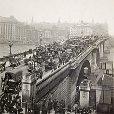 Turn of the century: Despite the lack of cars, John Rennie's London Bridge was a hive of people, carts, and carriages, as this photo taken in 1900 reveals