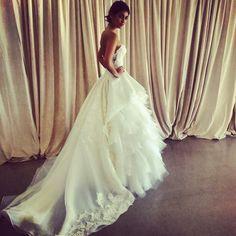 Oscar de la Renta wedding dress, fall 2014 collection. Photo: Charanna K. Alexander/The New York Times.