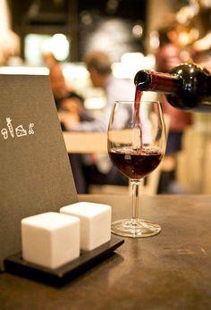 Organic Restaurant Wine Bar Vivanda Firenze #GreenWhereabouts #wine #winebar #florence #firenze #italy #organic #organicwine #vegan #vegetarian #foodanddrink #food #jazzmusic
