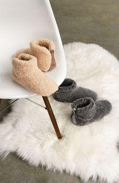 UGG Slippers - OMGosh I need these