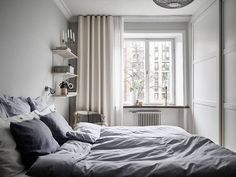 wordpr The post Tiny living 2019 appeared first on Curtains Diy. Scandinavian Curtains, Bedroom Colors, Bedroom Decor, Neutral Curtains, Small Guest Rooms, Home Curtains, Minimalist Bedroom, Apartment Interior, Tiny Living